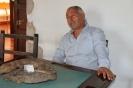 José Manuel presentando su libro a los medios de comunicaión